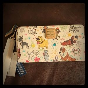 NWT Disney Dooney and Bourke dogs wallet
